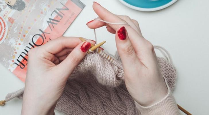 Att sticka är ett sätt att få utlopp för sin kreativitet och slappna av