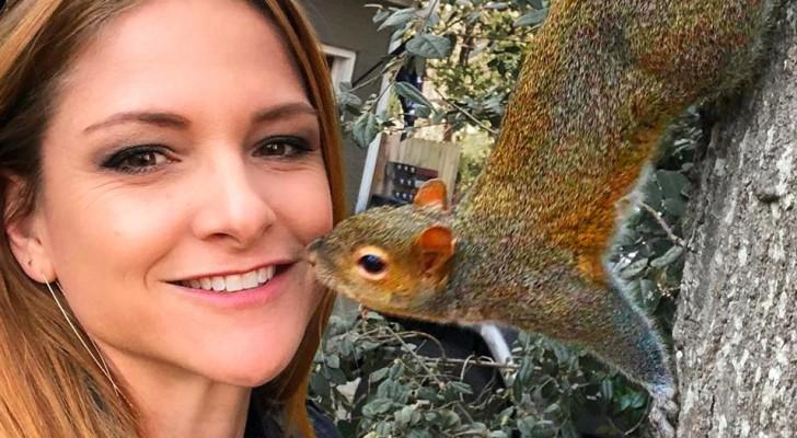 Het verhaal van Bella, de eekhoorn die al 8 jaar terugkeert naar het huis van de vrouw die haar leven heeft gered
