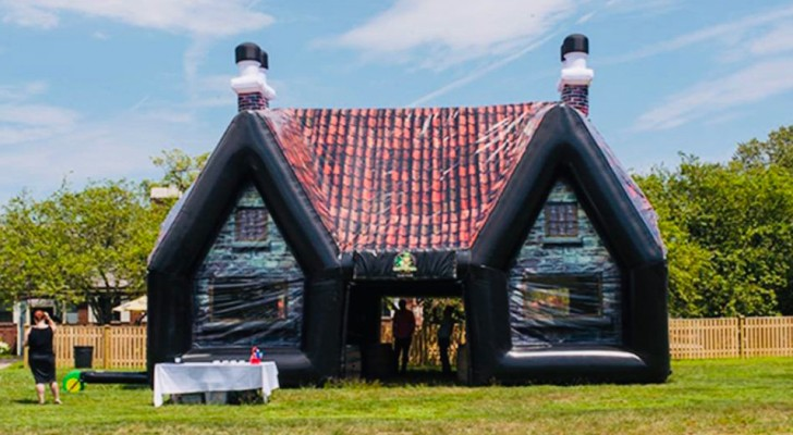 Avec cette structure gonflable, vous pouvez avoir votre pub irlandais dans le jardin !