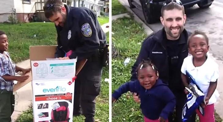 Invece di farle una multa, questo poliziotto ha regalato a una madre in difficoltà 2 nuovi seggiolini per auto