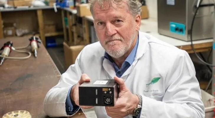 Der ehemalige Marineoffizier erfindet eine Batterie für Elektroautos mit einer Reichweite von 2.400 km