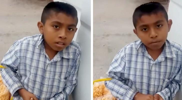 Dit weeskind verkoopt varkenszwoerd op straat om zijn arme oma te helpen die voor hem zorgt