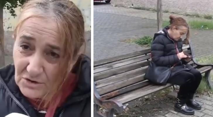 Questa donna ha 61 anni ed è costretta a dormire su una panchina per arrivare puntuale a lavoro