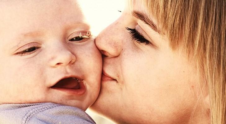 Os beijos da mãe aliviam a dor e ajudam a curar as feridas: a ciência confirma