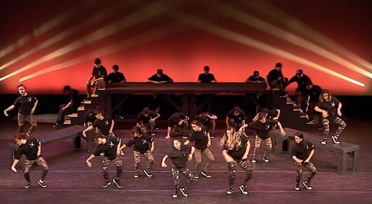 Questi ballerini vi ipnotizzeranno con la loro incredibile coordinazione