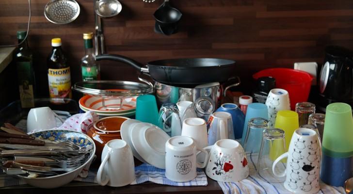 Lavare i piatti potrebbe aiutare a ridurre lo stress e a concentrarsi su sé stessi: lo rivela uno studio