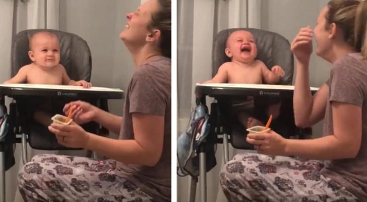 Der Junge lacht sich kaputt, als er seine Mutter niesen sieht