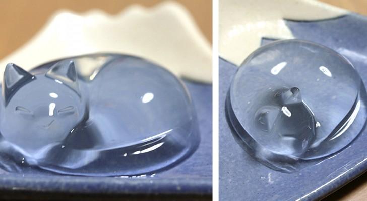 Questa torta d'acqua giapponese ha la forma di un tenero gattino addormentato