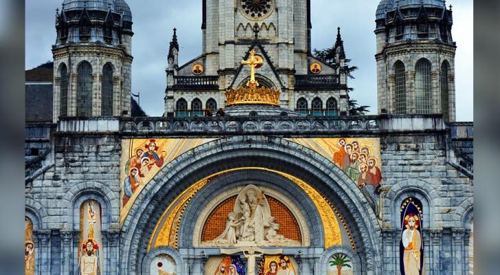 La emergencia del Coronavirus obliga cerrar al santuario de Lourdes: es la primera vez en la historia