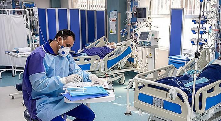 Tirem a senha do celular dos seus parentes: o apelo de uma enfermeira para favorecer a comunicação