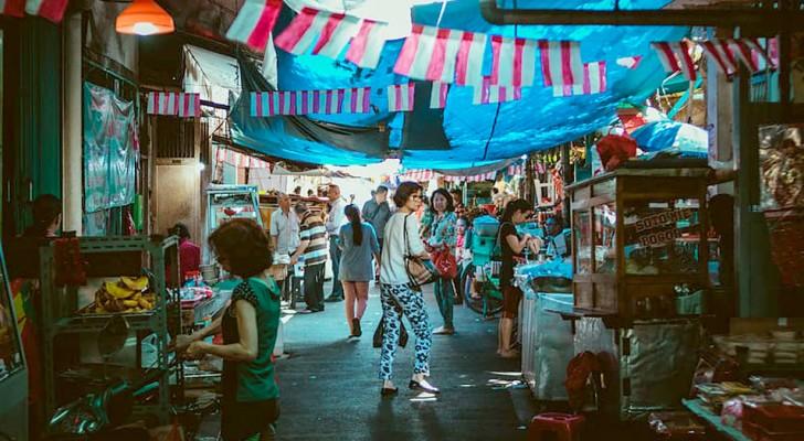 Coronavirus: riaprono in Cina i mercati umidi dove si continuano a vendere animali come serpenti e pipistrelli