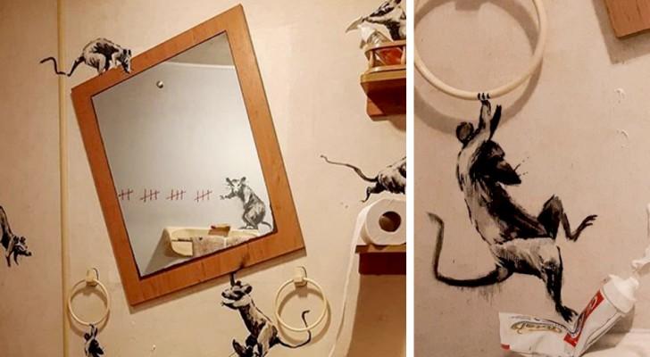 Anche l'artista Banksy è in smart-working: il suo bagno si trasforma in un'opera d'arte