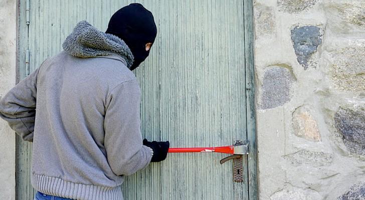 France : trois voleurs oublient l'auto-certification sur le lieu du vol et sont immédiatement identifiés