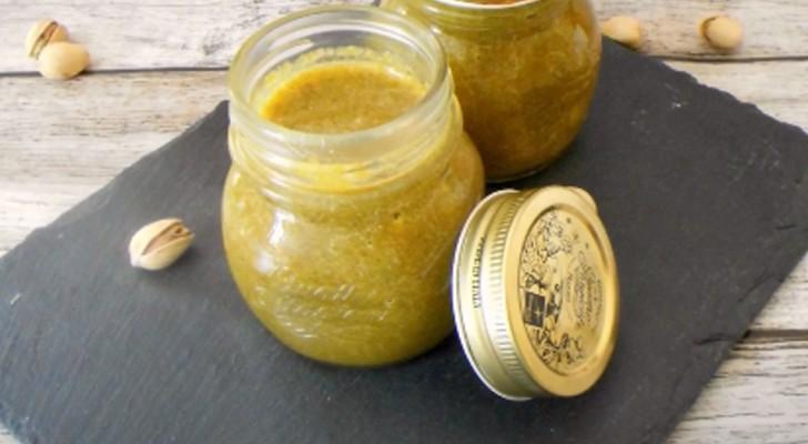 La recette rapide et facile pour préparer une pâte à tartiner sucrée à la pistache