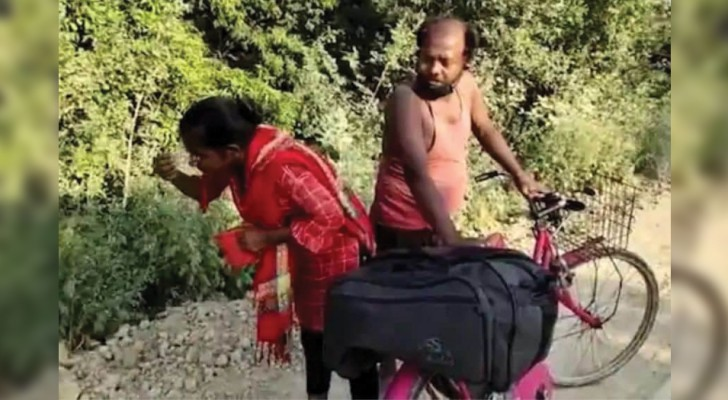 A 15-year-old girl cycled 1000 km to retrieve her sick father, who was left without a job due to the lockdown