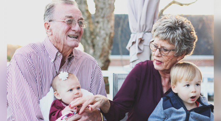 Les grands-parents sont un refuge pour les petits-enfants : leur présence les aide à mieux grandir
