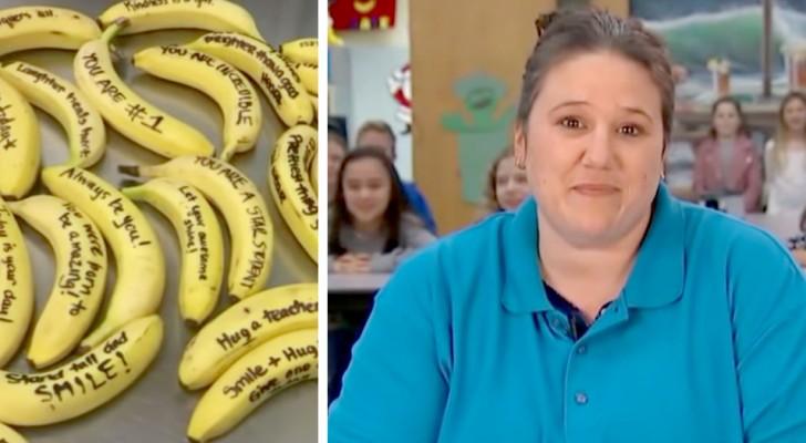 A assistente do bar desta escola incentiva os alunos escrevendo mensagens positivas nas bananas da cantina