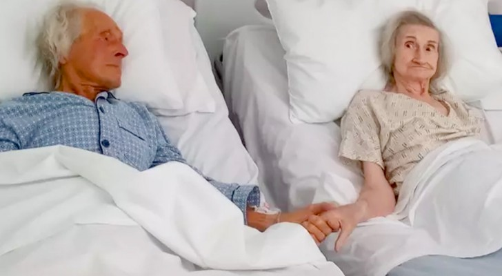 Wife and husband hold hands for the last time after 62 years together