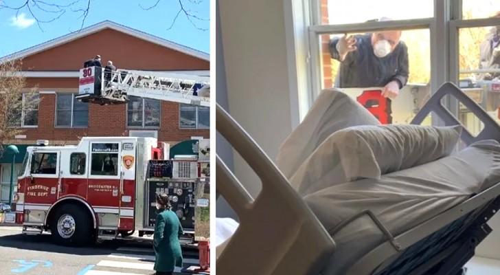 Feuerwehrmänner helfen einem Mann, von seiner kranken Mutter im Krankenhaus Abschied zu nehmen