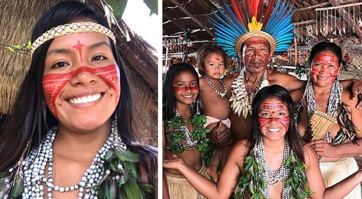 Deze inheemse jonge vrouw bracht haar smartphone naar haar stam om het leven in het Amazone-regenwoud te laten zien
