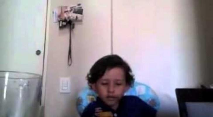 Un ragazzino si rifiuta di mangiare e dà una lezione di vita a sua madre