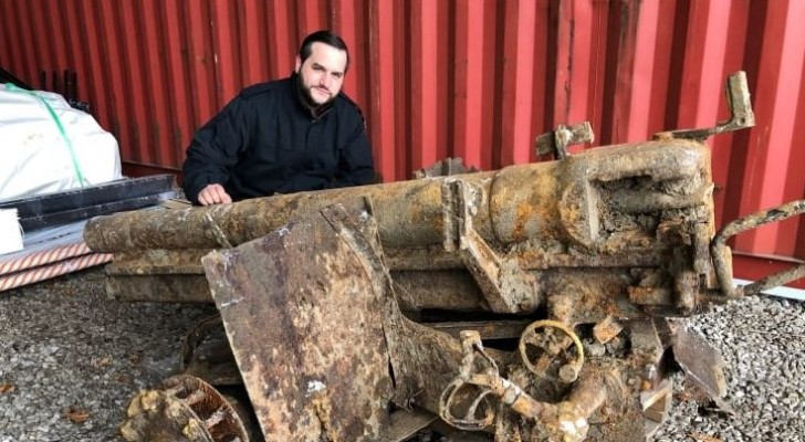 Canada, trovato un cannone da guerra tedesco sotto un campo da baseball: l'insolita scoperta