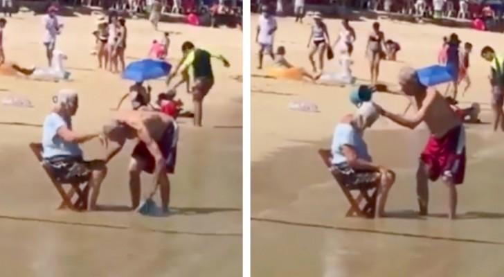 Aiuta la moglie anziana a bagnarsi sulla riva del mare con pazienza e tanta cura: il volto del vero amore