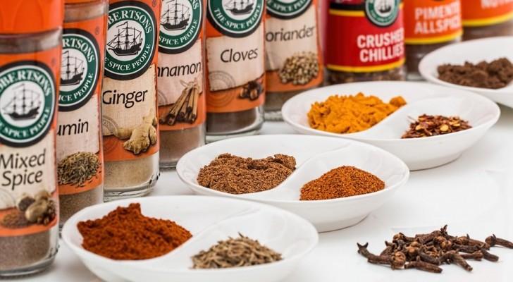 3 usi alternativi delle spezie da cucina scadute, ideali per riutilizzarle in casa