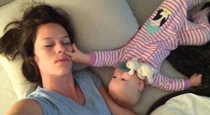 Mama is moe en probeert te slapen: haar kind is het hier ABSOLUUT niet mee eens!