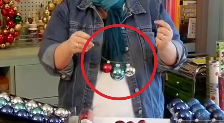 Usando una gruccia e delle palline, questa donna crea una oggetto che vi stupirà
