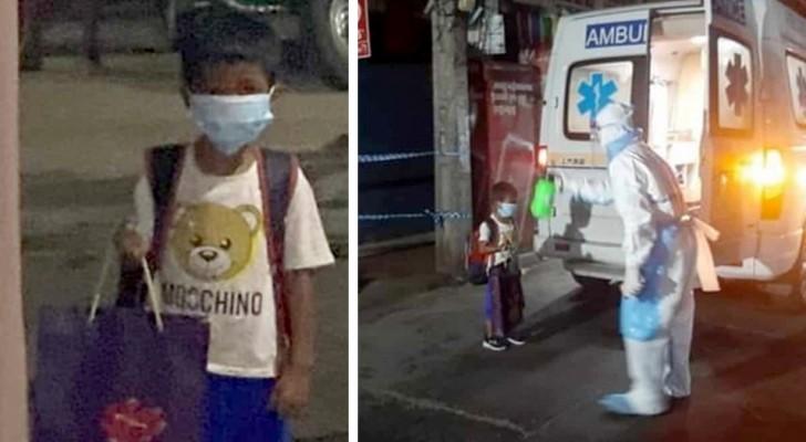 Un garçon de 6 ans monte seul dans une ambulance après avoir appris qu'il était positif au Covid-19