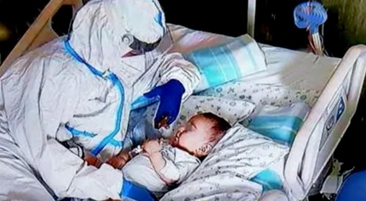 Infermiera entra nella stanza di un bimbo malato di 7 mesi e lo conforta: un gesto che ha commosso tutti