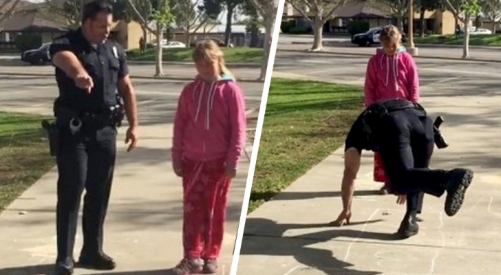 Politieagent houdt een dakloos gezin tegen en speelt hinkelen met hun dochtertje: hij bracht haar wat troost
