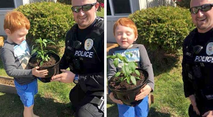 Bimbo autistico è triste perché gli hanno rubato la sua pianta preferita: un poliziotto lo aiuta a ritrovarla