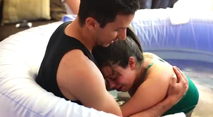 This woman is about to give birth: what her husband does next will touch your heart !