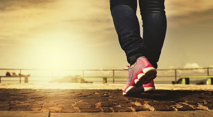 Camminare fa bene alla mente e al corpo: 5 motivi per cui dovresti adottare quest'abitudine