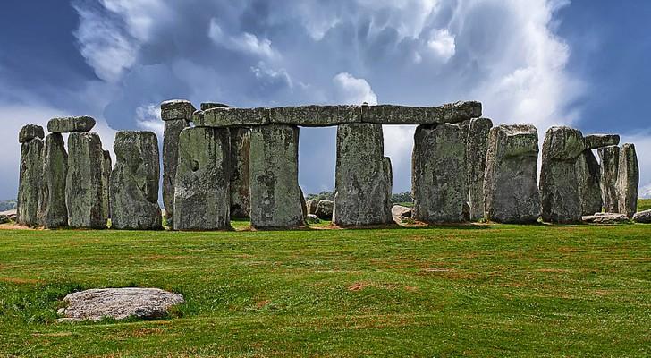 Stonehenge: scoperto un centro cerimoniale più antico e vasto del cerchio di pietre
