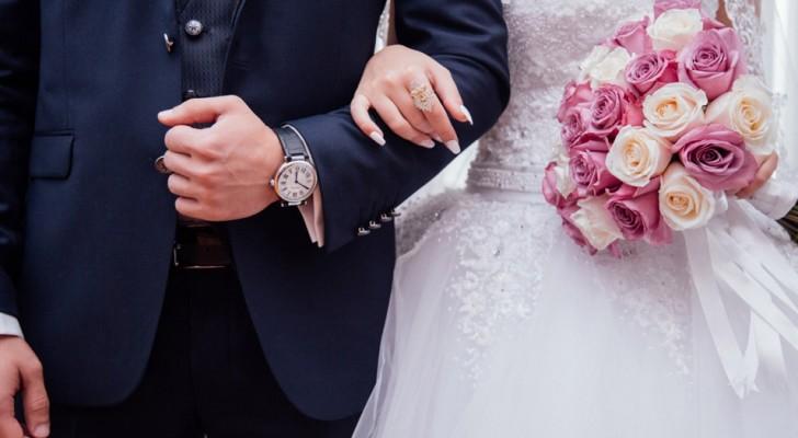 Se encuentran después de 22 años: ex novios de la secundaria se encuentran nuevamente y se casan a los 40 años