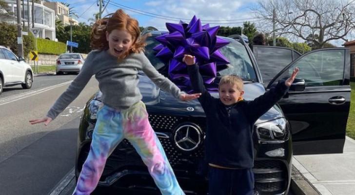Mamma compra una Mercedes da centinaia di migliaia di euro ai figli di 9 e 7 anni: