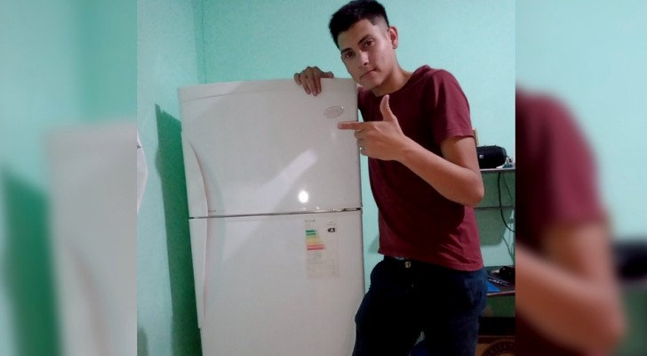 A guy goes to live alone and celebrates the purchase of the new refrigerator on Twitter: For me it is a great achievement