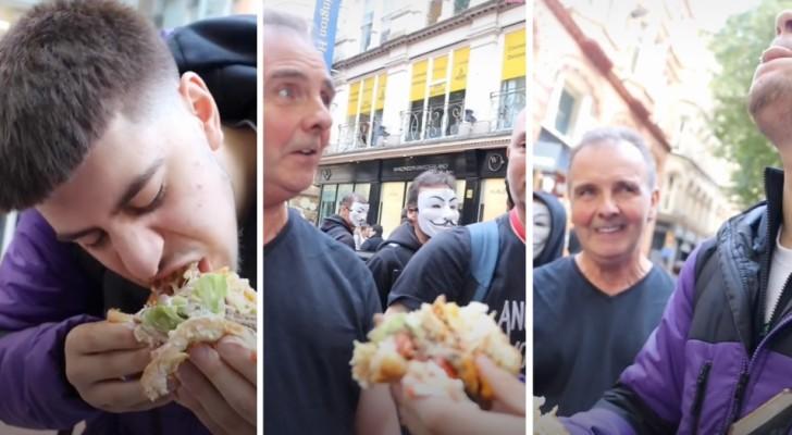 TikToker gaat de uitdaging aan en eet een gigantische hamburger in het bijzijn van veganistische demonstranten