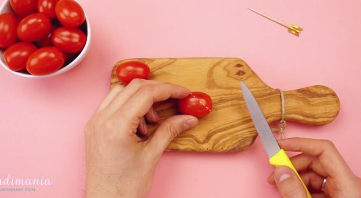 Dieser Junge schneidet Tomaten und kreiert etwas ganz tolles!