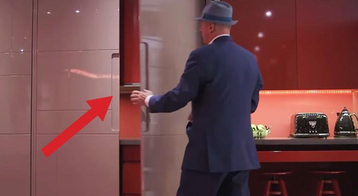 Sembra stia aprendo un armadio, e invece tutta la stanza cambia aspetto!