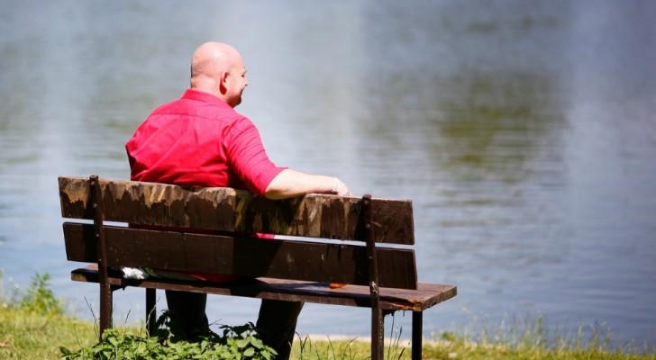 Les hommes sans cheveux sont considérés par les femmes comme des personnes sans succès : l'étude psychologique