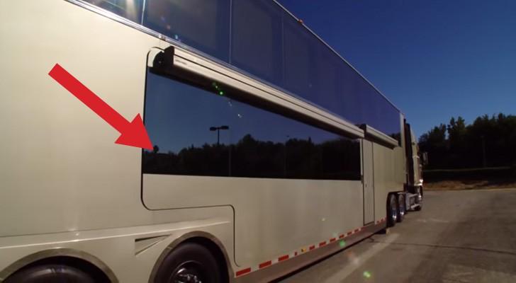 Von außen sieht es aus wie ein großer Lastwagen, aber wenn sie den Knopf drücken, ändert sich ALLES