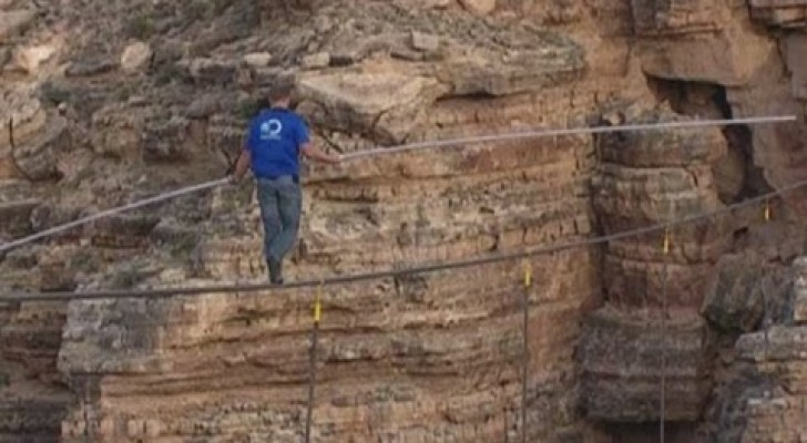 Funambolo al Grand Canyon