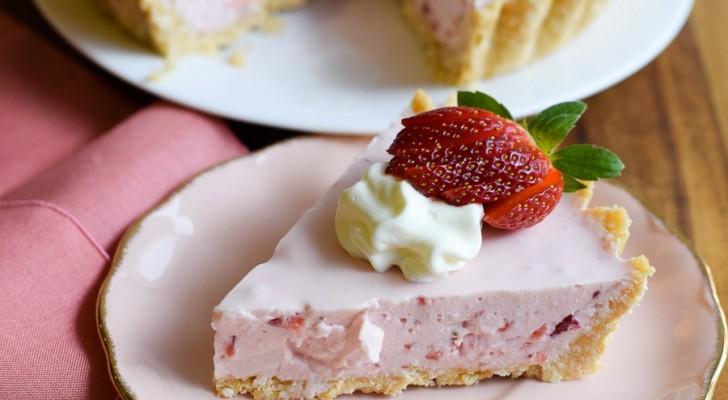 5 semplici passaggi e nessuna cottura: questo dolce cremoso alle fragole ti stupirà