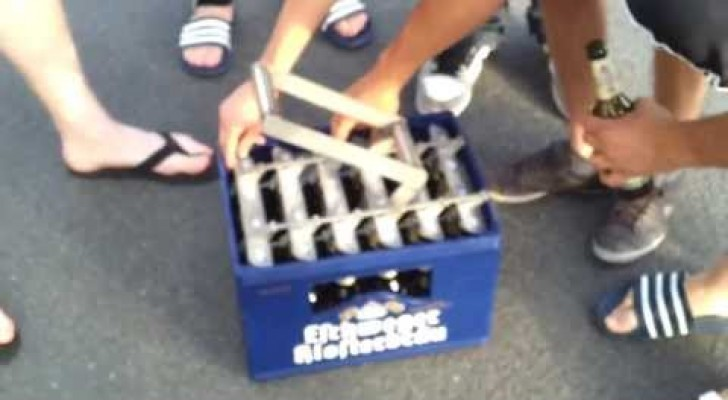 Un modo ingegnoso per aprire le birre