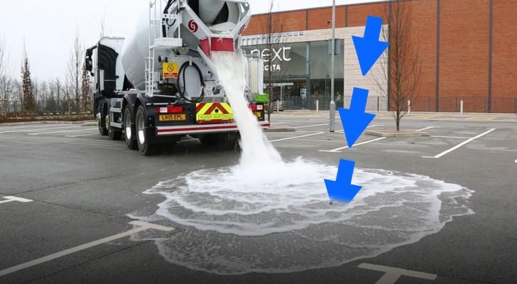 Een tankauto loost liters water op dit asfalt met een bijzondere eigenschap
