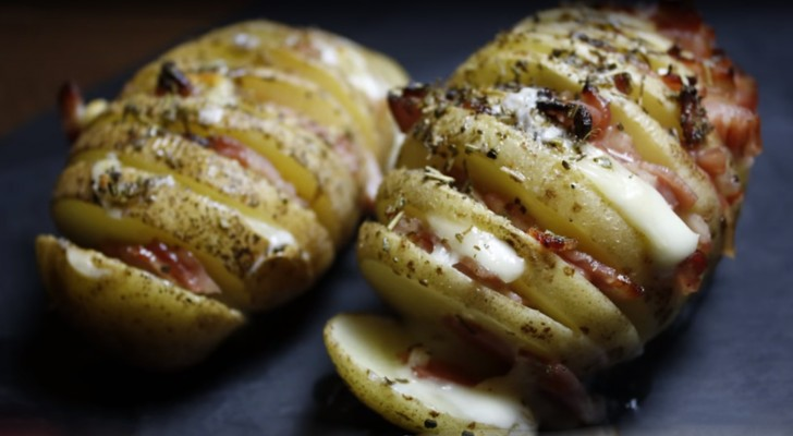 Learn how to cook this inviting and delicious potato in just a few steps